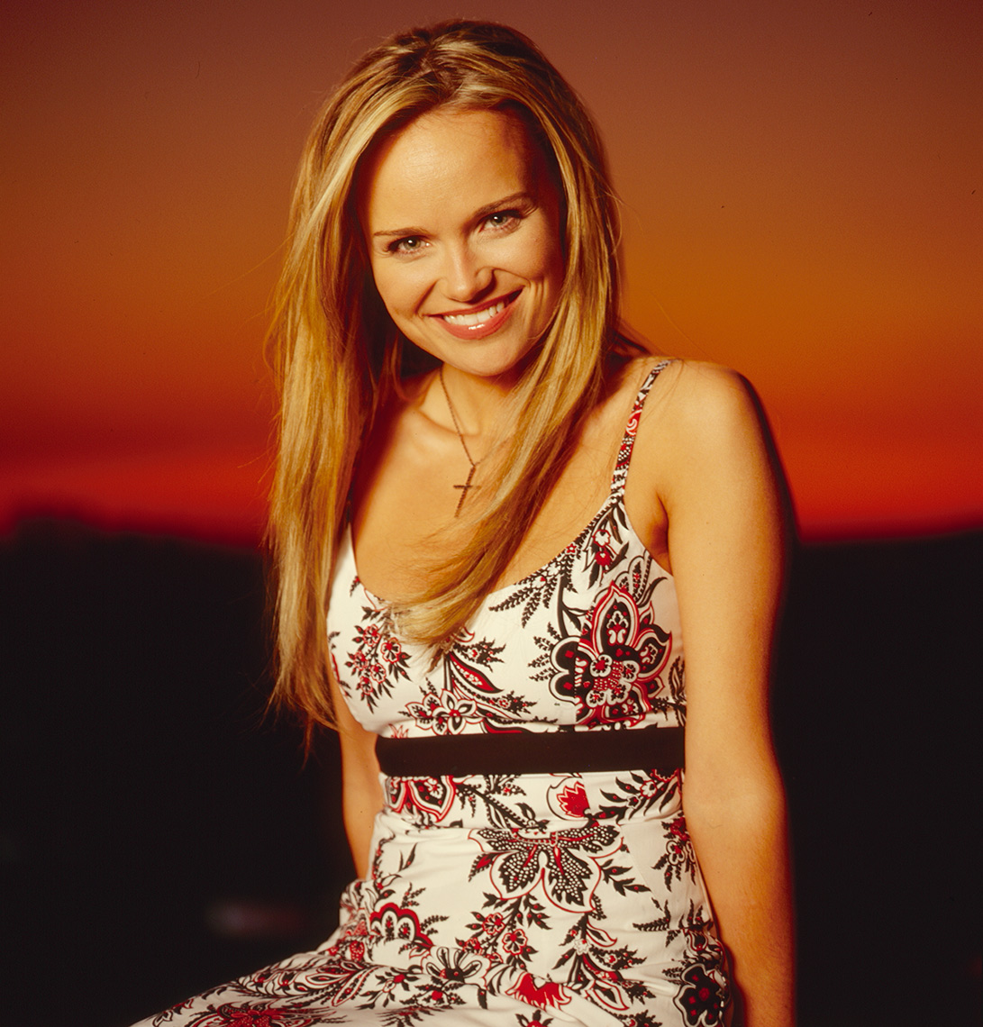 KRISTEN CHENOWETH_copyright Astor Morgan